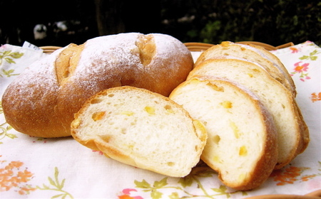 Orange_yogurt_bread