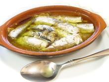 Oiled_sardines_1